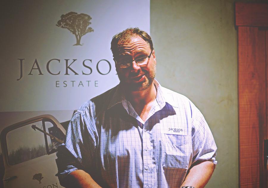 Chardonnay i pinot noir z marlborough czerwone czy bia e for Maker jackson